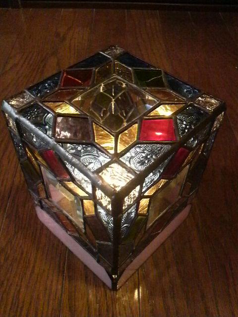 手作りステンドグラスのランプシェード