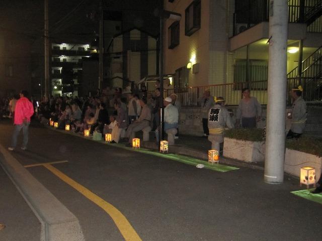 鶴瀬駅前通り商店会さんの夢灯りイベントの写真