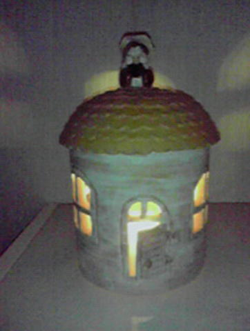 矢野さん手作り陶器のランプシェード01