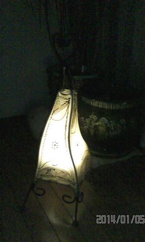 モロッコの布製のランプシェードです